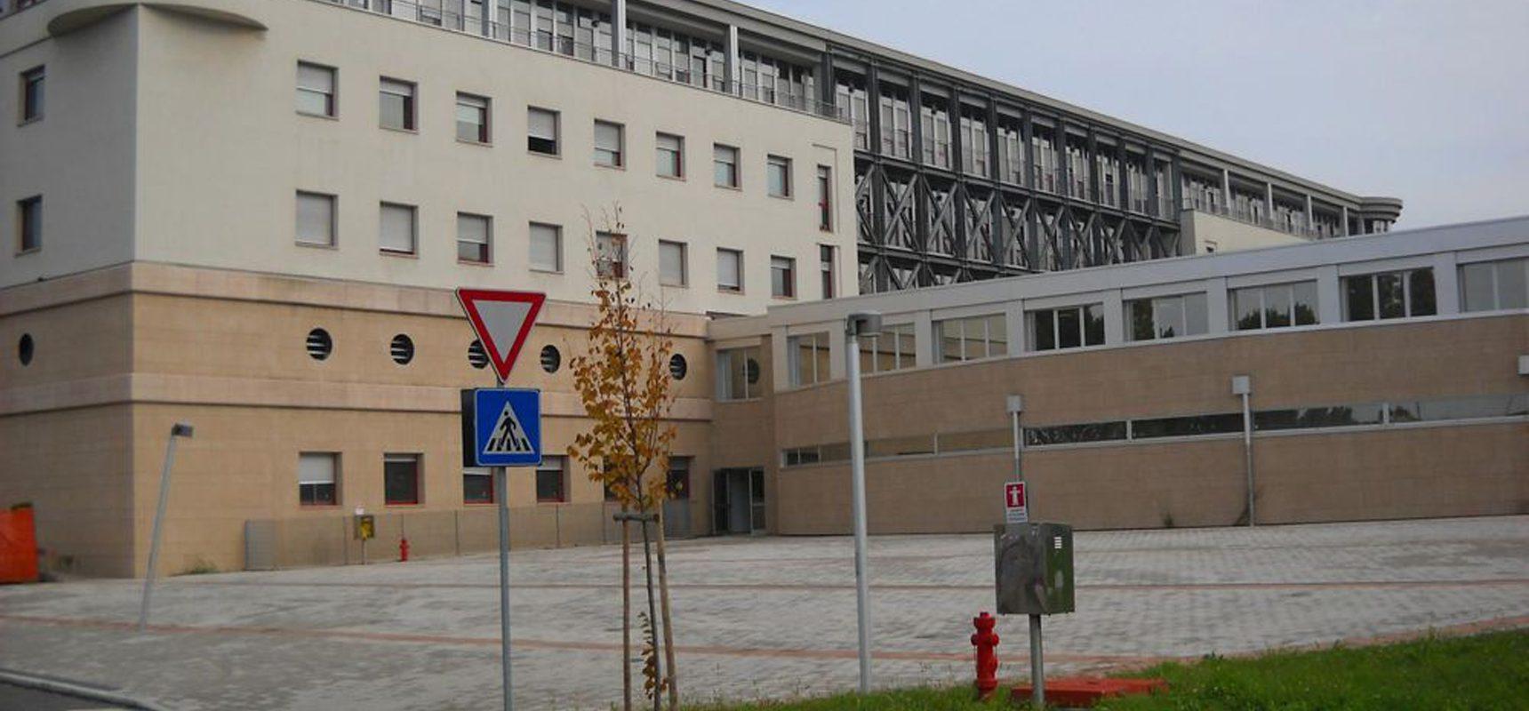Cinquemila-firme-per-tutelare-l-ospedale-di-Dolo_articleimage XL